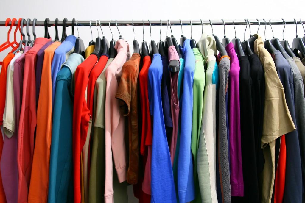 Peut-on troquer des vêtements à la mode ?