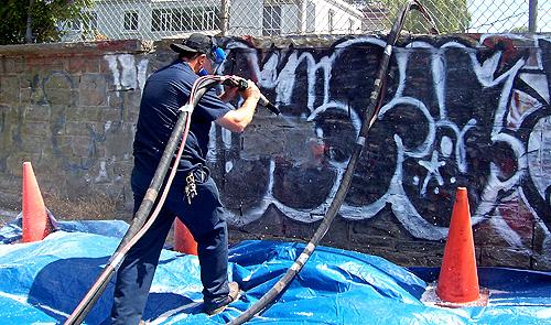 Les nouvelles techniques de nettoyage de graffitis