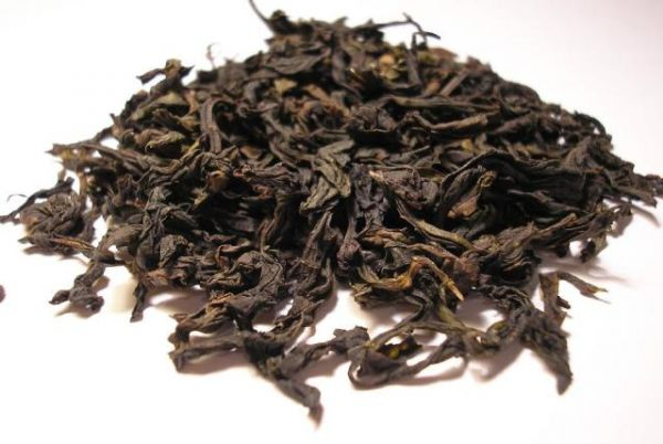 Da_Hong_Pao_Oolong_tea_leaf