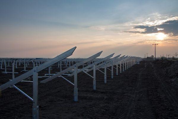 5 bonnes raisons d'installer un panneau solaire photovoltaïque chez soi