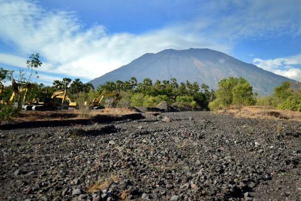 Bali : l'île, menacée par une éruption volcanique de l'Agung