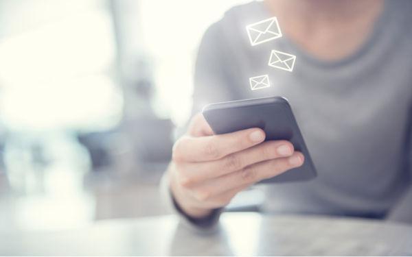 Campagne SMS : le meilleur du marketing mobile ?